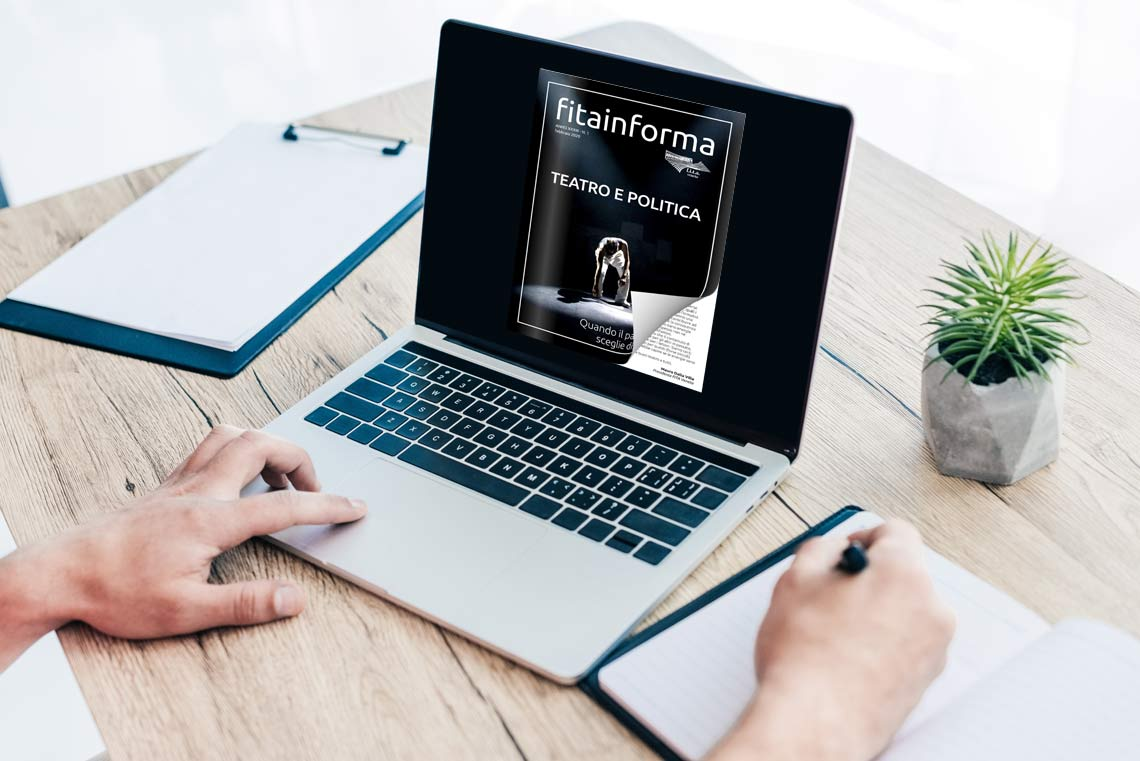 Flipbook from PDF sul laptop con un effetto di capovolgimento di pagina